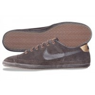 Nike-flash-leather-sneaker