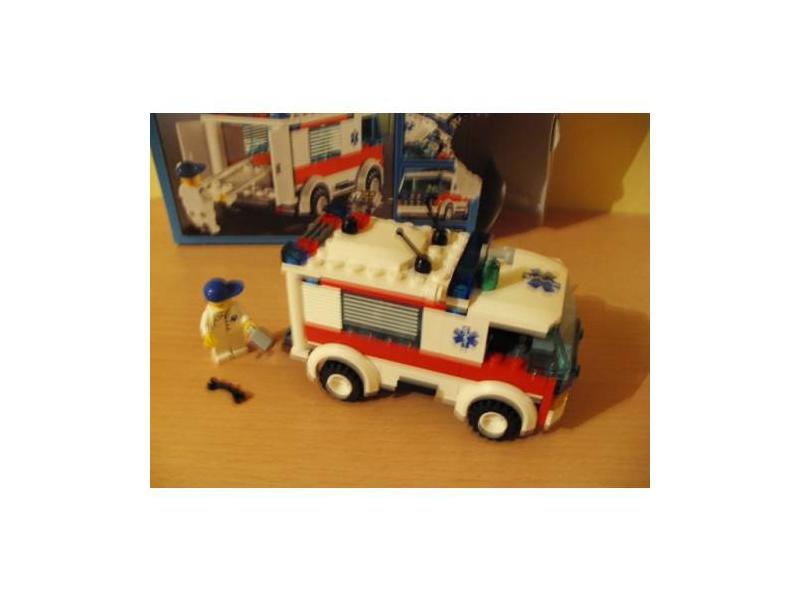 lego city krankenwagen