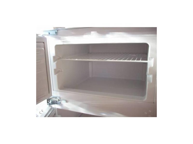 Ignis kuhlschrank einbau kuhl gefrierschrank progress for Ignis einbaukühlschrank